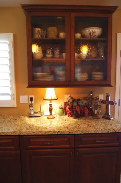 Kitchen Cabinets in Mesa Arizona by Stradlings Cabinets