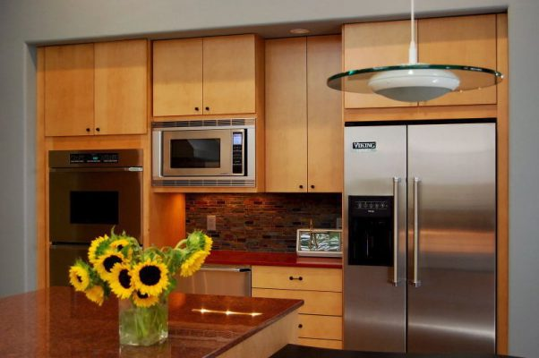 Kitchen Remodel in Gilbert Arizona by Stradlings Cabinets