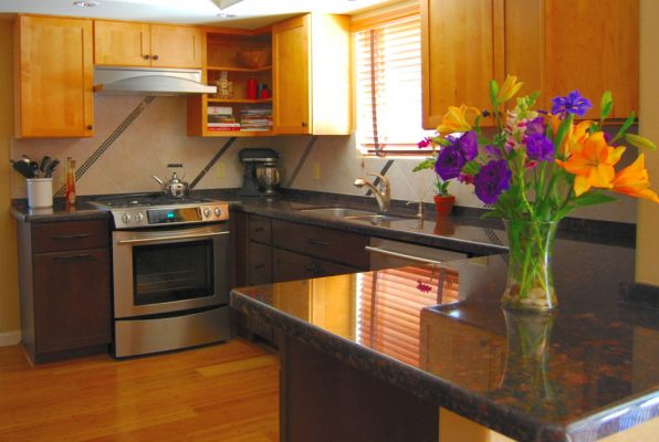 Custom Kitchen Remodels by Stradlings Cabinets