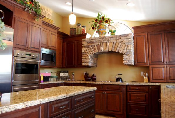 Kitchen Remodels in Gilbert Arizona by Stradlings Cabinets